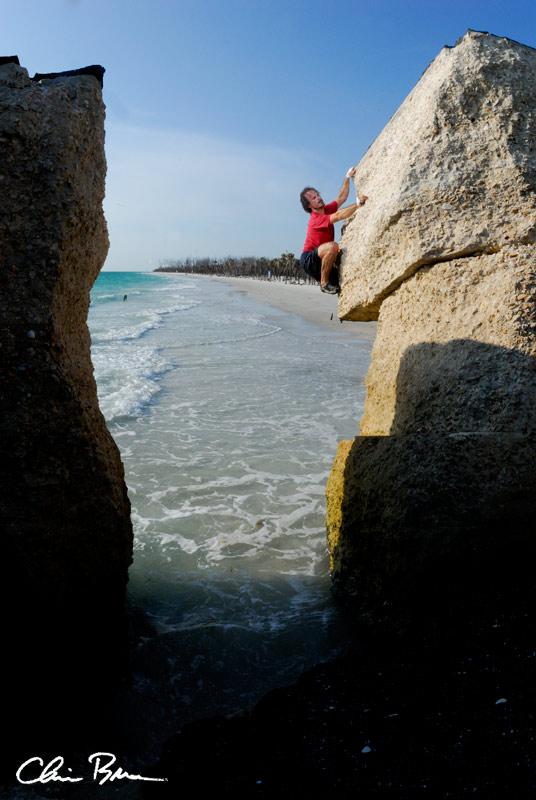 egdark Paradisebuildering climbing